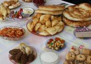 Kasachstan_gedeckter_Tisch