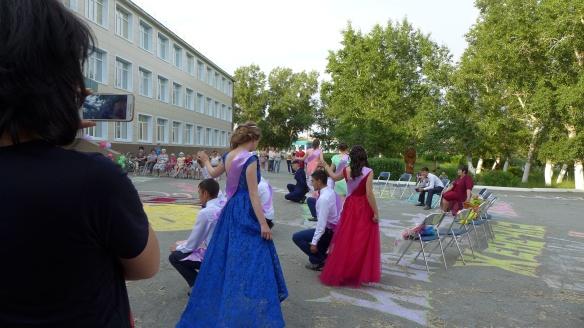 Tanz_Abiturienten_Kasachstan